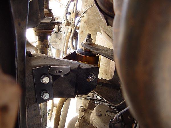 M O R E Bombproof Jeep Motor Mount Lift Installation