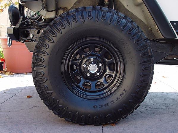 Looking For 33x12 5x15 Trxus Mt On Black Rims Jeepforum Com