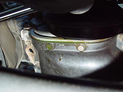 Replacing Your Jeep Waterpump 425 x 319 jpeg coolantleak.jpg